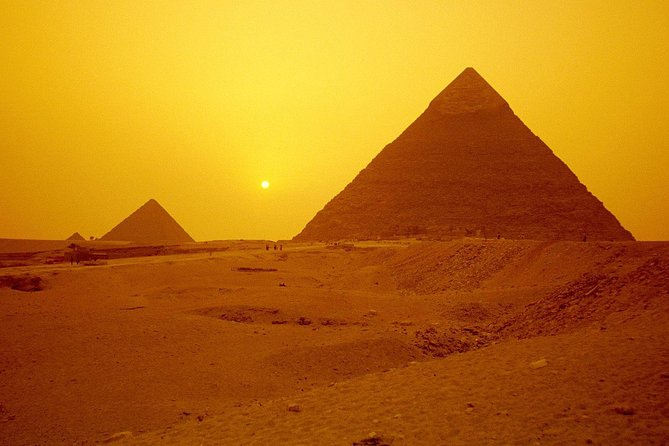 Tour To Guiza Pyramids