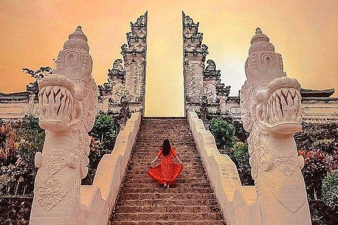Bali Private Tour Lempuyang Temple Gate Heaven Tirta Gangga Taman