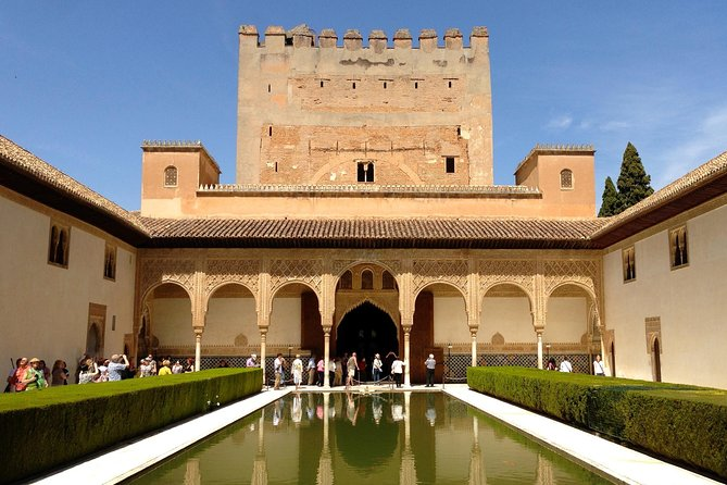 Alhambra and Generalife Premium-group Guided Tour