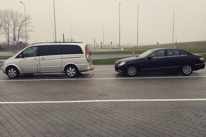 Airport transfer hotel transfer cracow