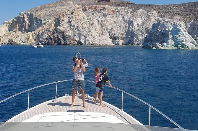 Santorini Private Cruise Motor Yacht with food and drinks