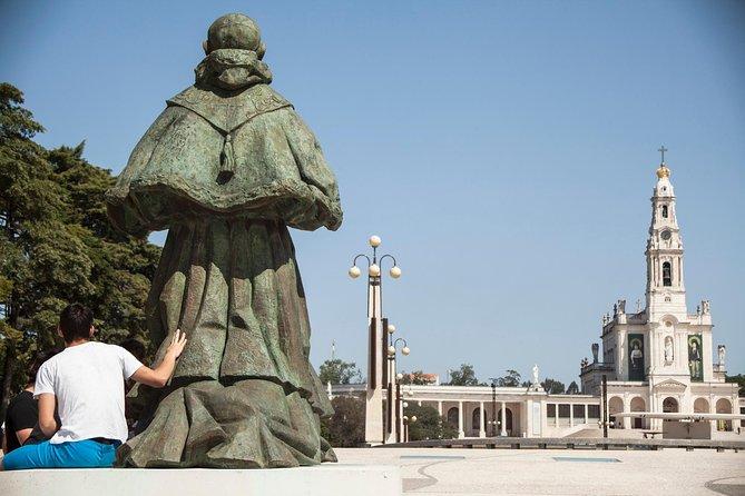 Fatima, Nazaré and Óbidos Full Day Tour - 8 Hours