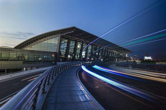 Xi'an Xianyang Airport to Hotels:Private transfer with Meet & Great service