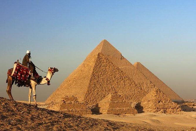 Half day tour to pyramids and sphinx including breakfast