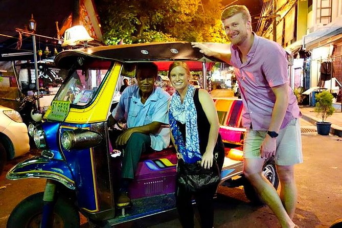 Private - Bangkok TUKTUK Tour by Night incl. snack and cold drink