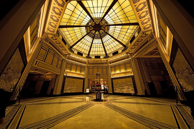 2.5-hour Walking Tour to Discover Art Deco of Shanghai 1930s