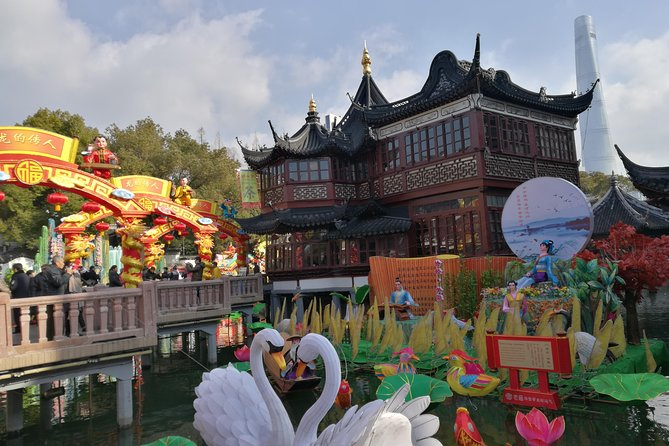 2-Day Unlimited Shanghai City and Zhujiajiao Private Tour with Shopping or Spa