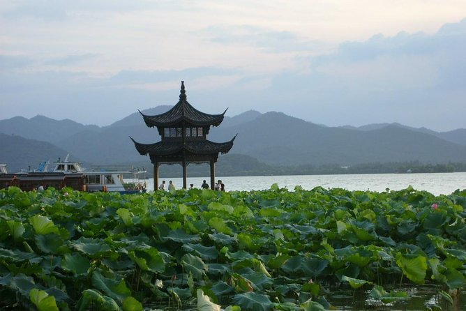 Hangzhou Private Day Trip from Suzhou by Bullet Train with Drop-off Options
