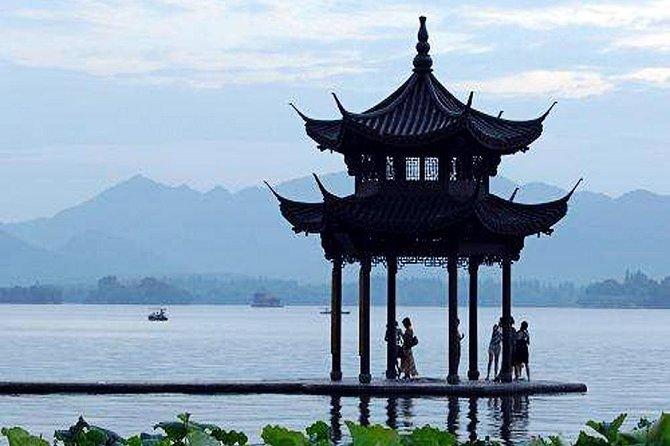 Half-Day Hangzhou Private Customized Tour with Optional Lunch or Dinner