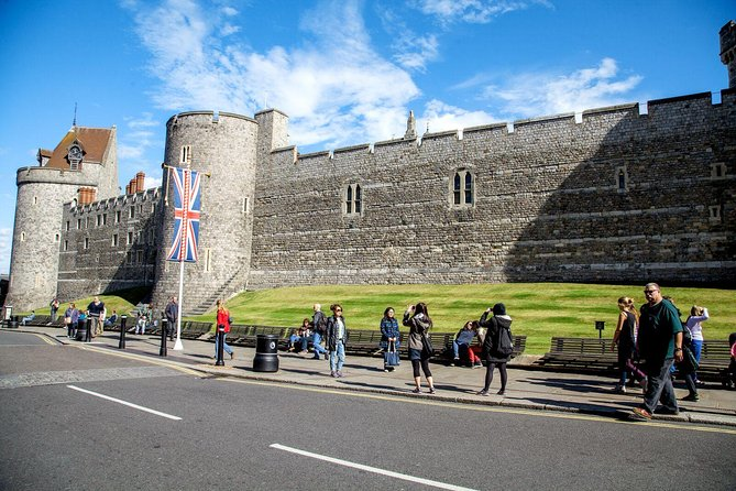 Windsor Castle Tour from London with Lunch photo 10