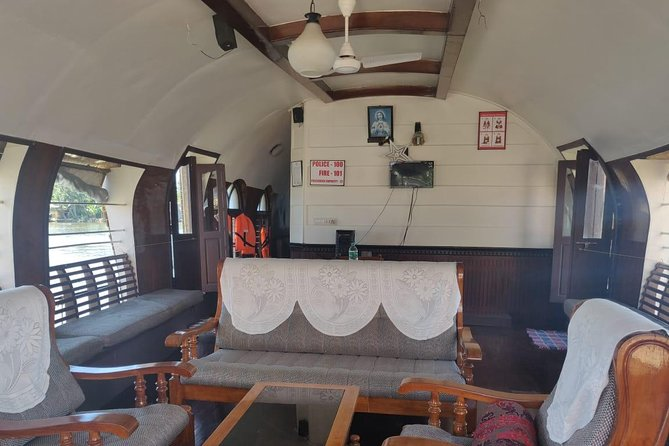 Private Alleppey Houseboat Cruise with Overnight Stay from Kochi