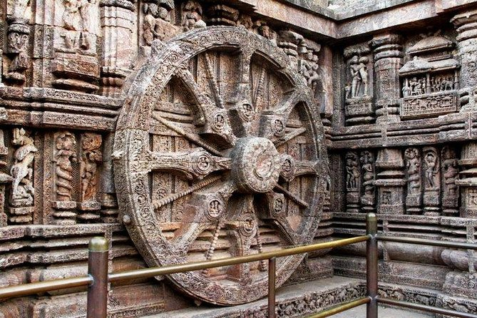 Full Day Konark Sun temple with Chandrabhaga Beach