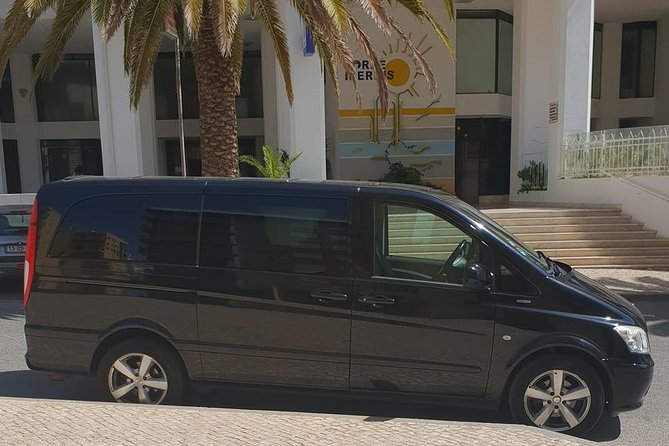Faro Airport Private Transfer to MONTE GORDO (5 to 8 passengers)
