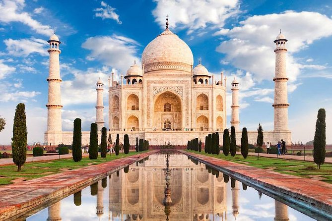 Same Day Agra Private Tour From Delhi Including Lunch and Guide Services