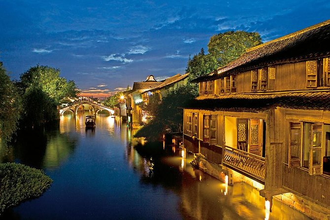 Hangzhou Private Tour to Wuzhen and Xitang Water Town with Dinner and Boat Ride photo 8