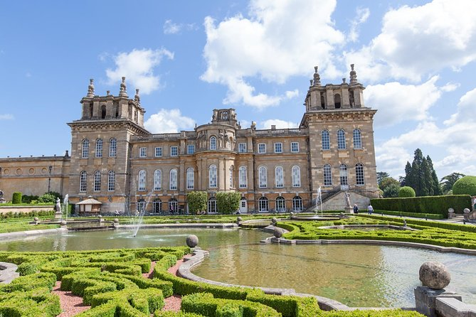 Windsor and Blenheim Palace with Gardens Small-Group Tour
