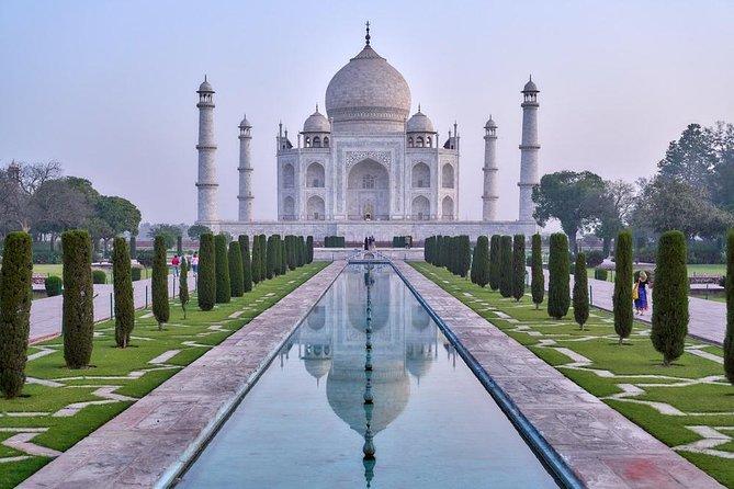 Taj Mahal Sunrise Tour, Agra Fort, Baby Taj & Fatehpur Sikri 2 Day Tour to Delhi