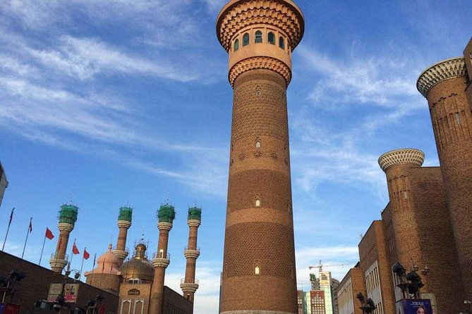 4 Hour Private Shopping Tour at Urumqi Grand Bazaar and Sightseeing Tower