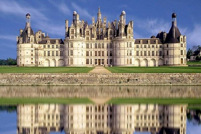 2 DAYS 1 NIGHT Tour Loire Valley Wines and Castles