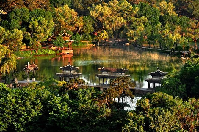 Private Day Trip to Chengde Summer Resort and Eight Outer Temples from Beijing photo 6