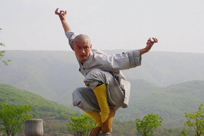 Luoyang Train Station Private Transfer from Shaolin Temple or Dengfeng