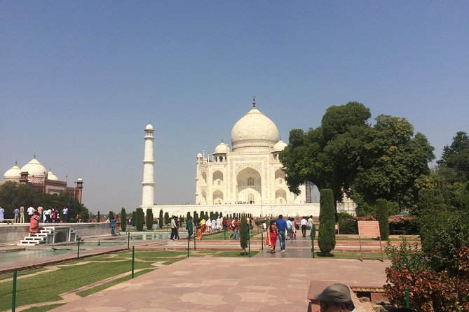 Taj Mahal Day Tour From Mumbai Via Delhi Included Both Way Flight Tickets