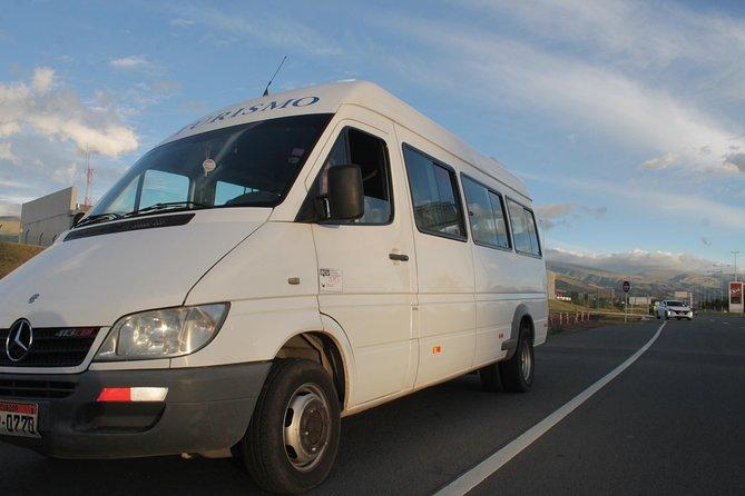 Private Transportation with Driver to Explore Ecuador