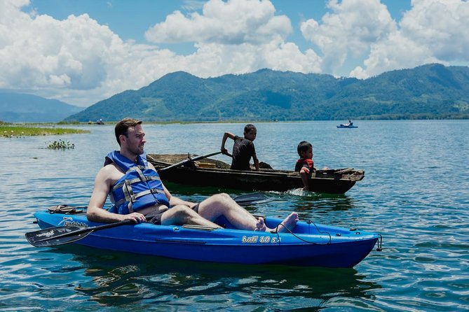Rent an Individual Kayak on Lake Yojoa
