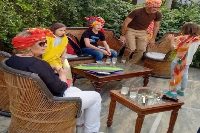 Kite Flying & Turban Tying Experience At Dera Mandawa, Jaipur