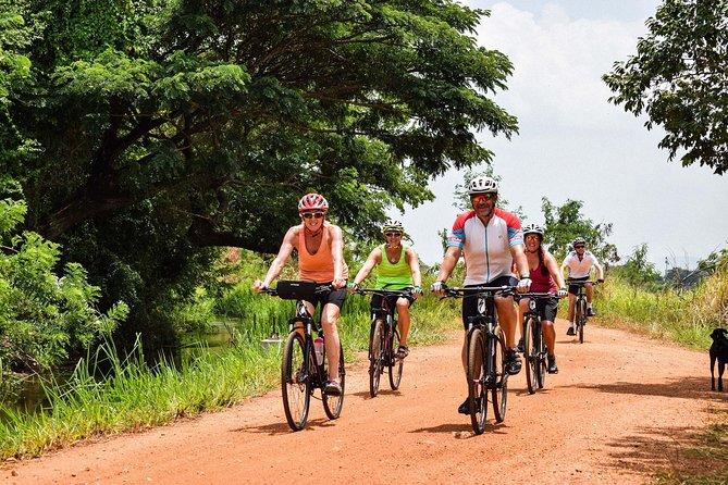 Cycling in Hikkaduwa Countryside