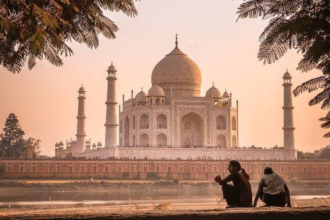 Private 2-Day Agra Overnight Taj Mahal Tour from Delhi