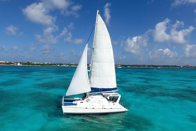 Catamaran Sailing Experience & Snorkeling Tour to Isla Mujeres