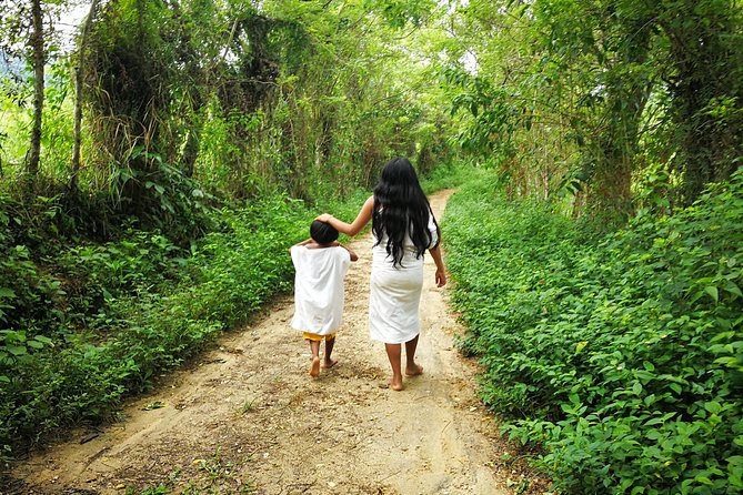 Visit an indigenous Kogui community Mulkuankungui