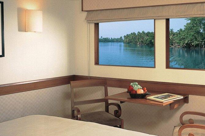 Luxury Houseboat Holidays -Kerala