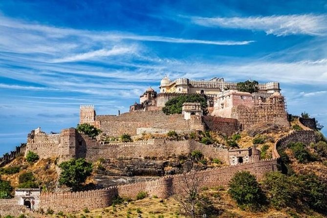 Private Full Day Historical Tour of Ranakpur & Kumbhalgarh Fort from Udaipur