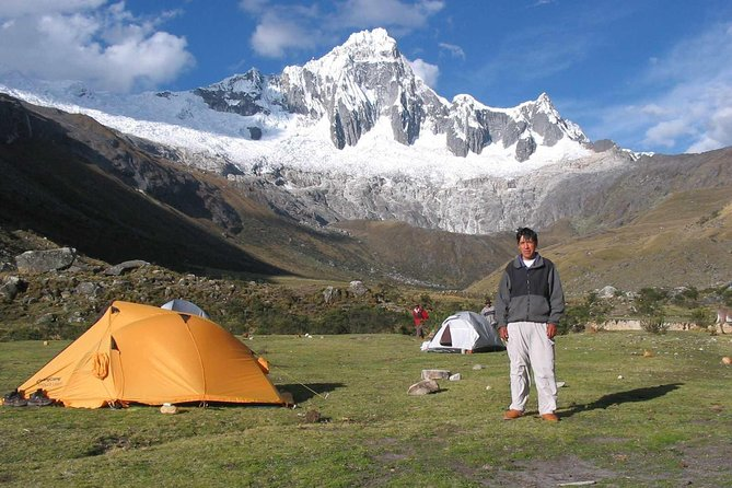 Explore the hidden paradise,Santa Cruz Classic Trek (4 days)