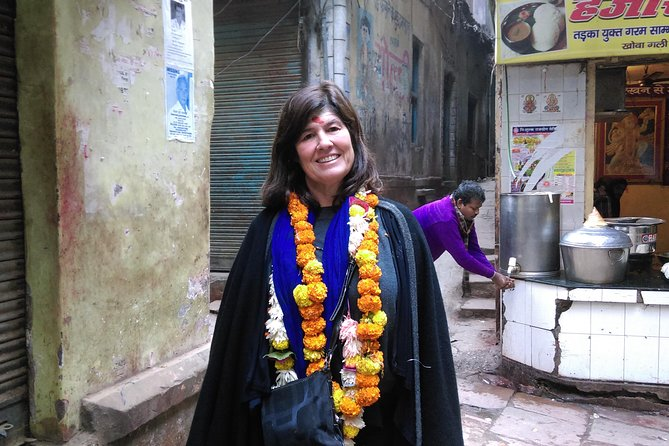 Experience Varanasi Tour: 1 day Private Guided Tour
