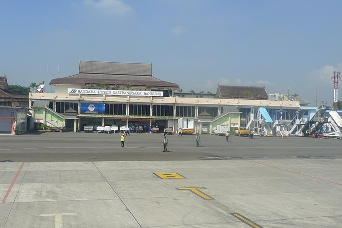 Bandung Airport to Hotel-Arrival Private Transfer (Daytime)