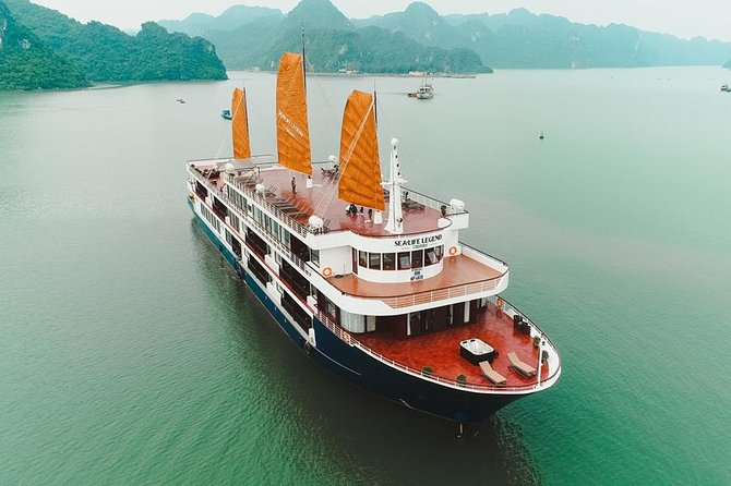 Sealife Legend Luxury Cruise 2 days, 1 night: Lan Ha bay - Halong bay, kayaking