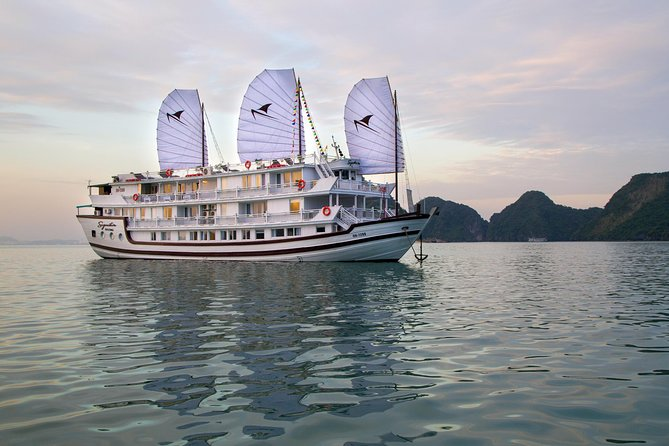 Signature Cruises Halong 2 days tour: Visit Bai Tu Long bay, Kayaking & Swimming