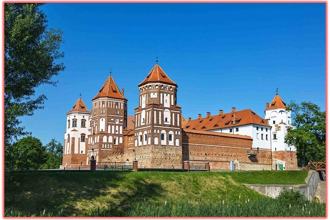 Mir and Nesvizh Castles Private Tour from Minsk