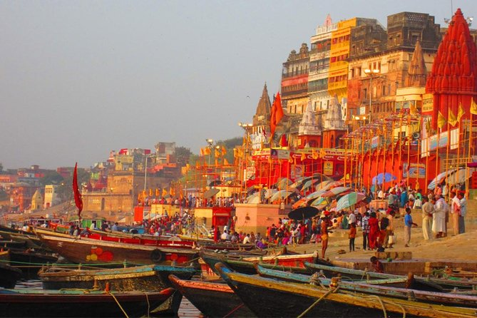 6-Day Golden Triangle Tour with Varanasi from Delhi