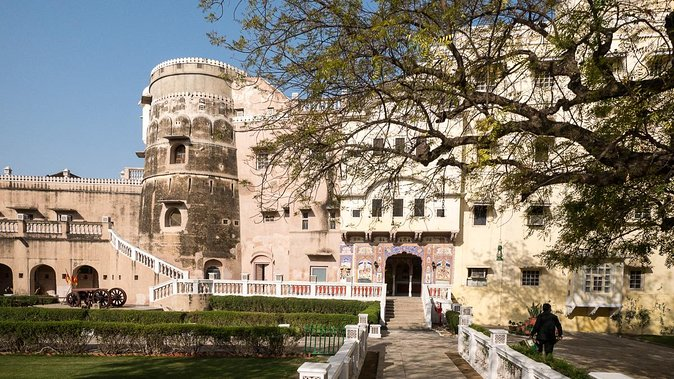 6-Day Private Golden Triangle Tour with Mandawa: Delhi, Agra, Jaipur
