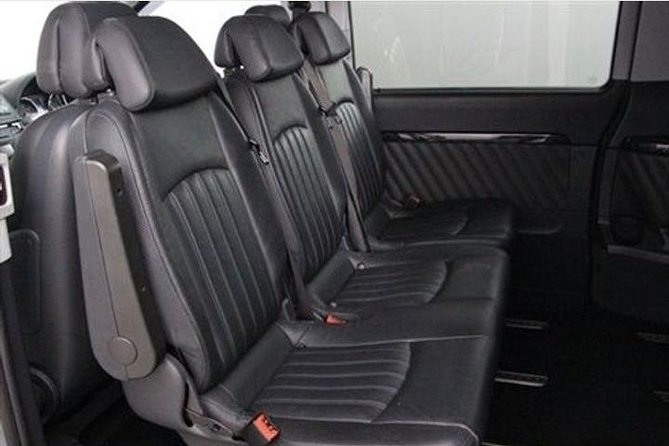 Dublin airport transfer to Belfast city hotel 1-3 people private chauffeur