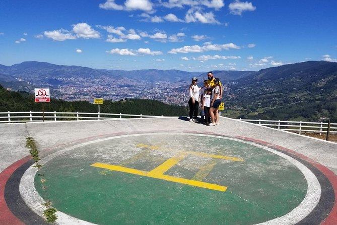 Pablo Escobar Tour / group traveler