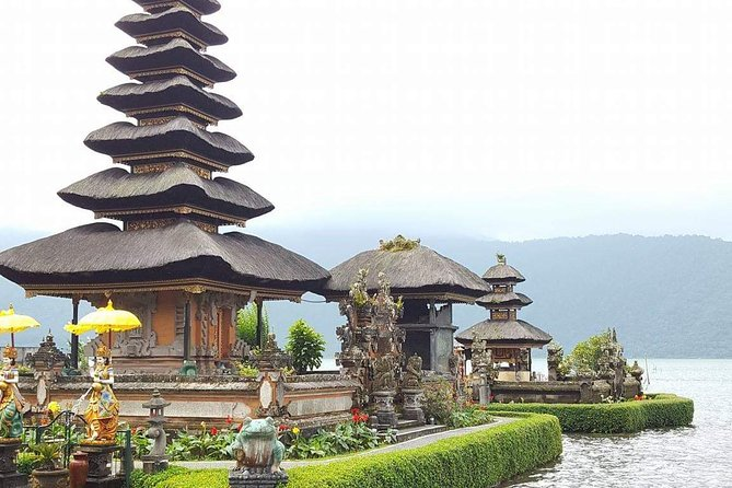 Discover northern part of bali, temples,lake and waterfalls