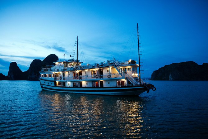 Hanoi - Halong Bay Cruise Package 4Days-3Nights