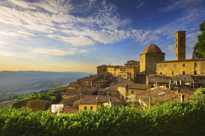 Private tour to Volterra and San Gimignano from Florence or Siena