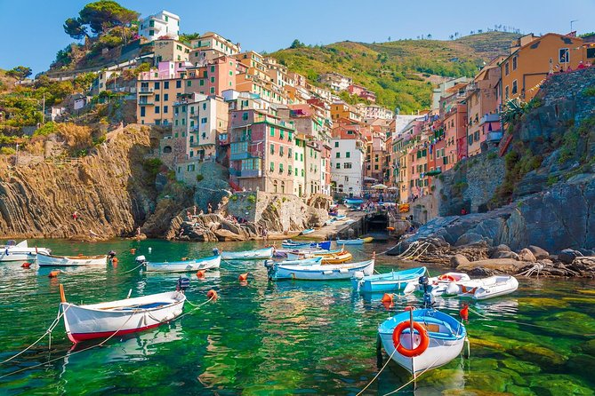 Private tour to Cinque Terre from Florence or Siena