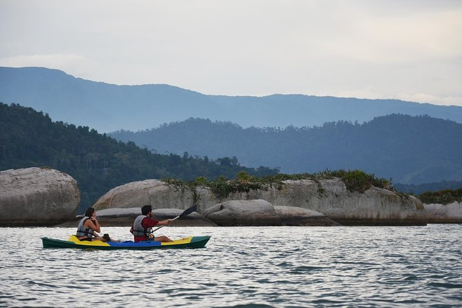 KAYAK ISLANDS TOUR